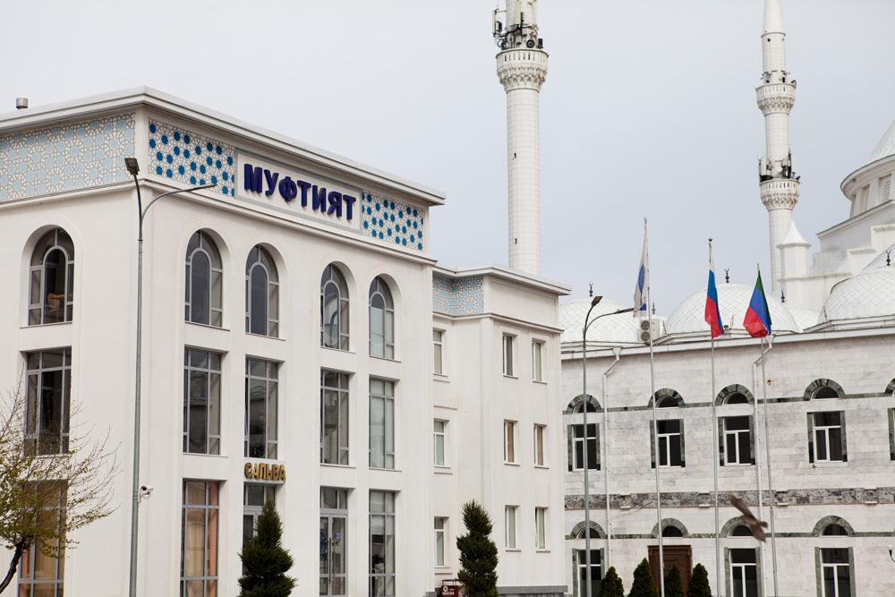 Муфтият Дагестана: мечети будут полностью закрыты, если люди не перестанут их посещать