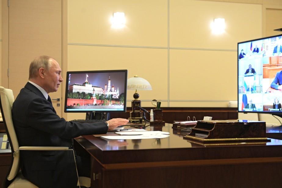 Путин предложил оказать малому и среднему бизнесу прямую финансовую помощь
