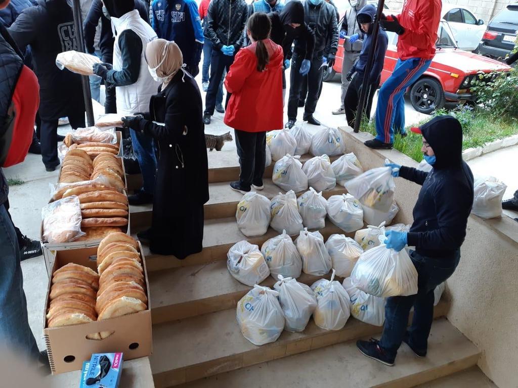 В Избербаше продуктовую помощь получили более 300 малоимущих семей