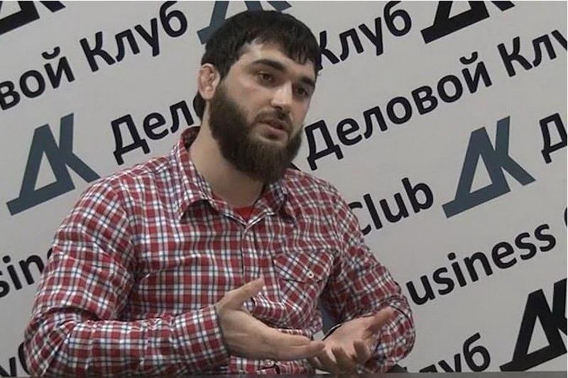 «Я не понимаю, от чего и как мне защищаться». Абдулмумину Гаджиеву предъявлено новое обвинение