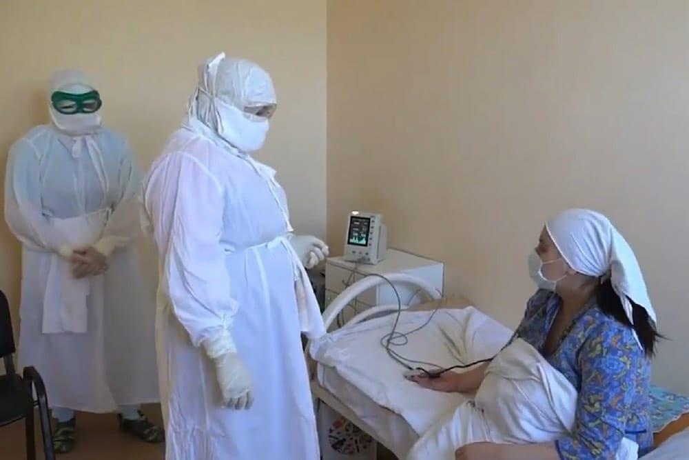 В госпитале для рожениц с COVID-19 в Каспийске родились семеро детей