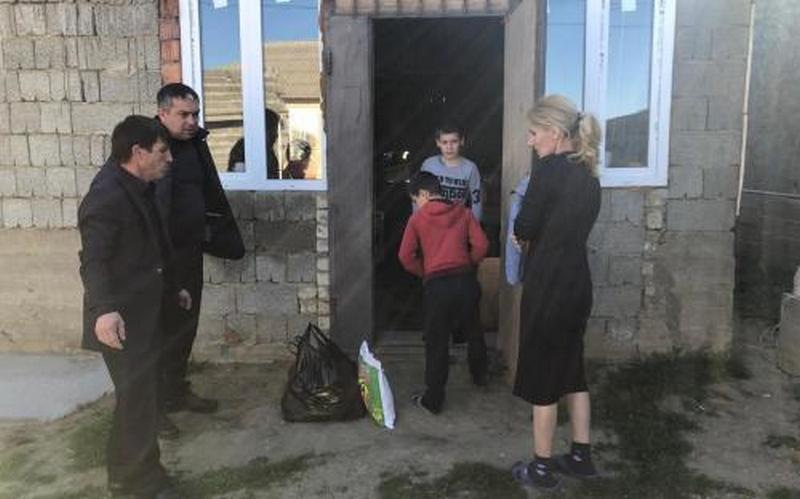 В Кумторкалинском районе проходит акция помощи нуждающимся в период пандемии
