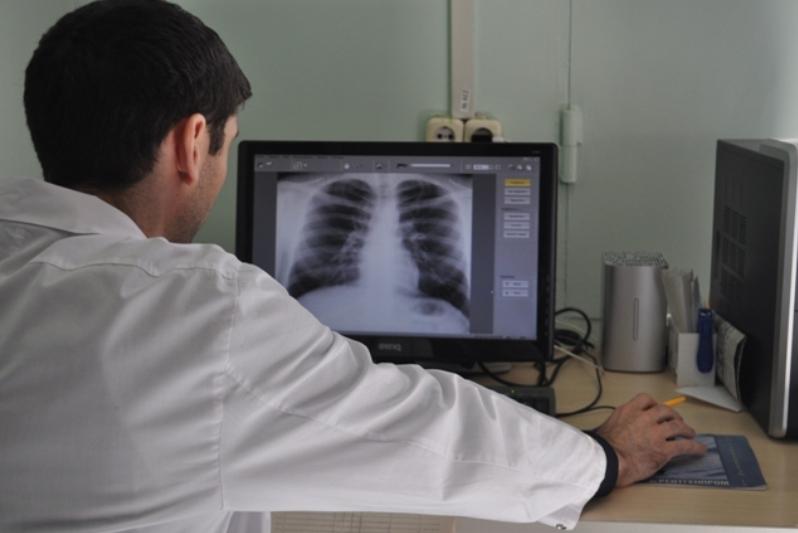 Васильев: ситуацию с COVID-19 усугубил высокий уровень заболеваний легких в Дагестане