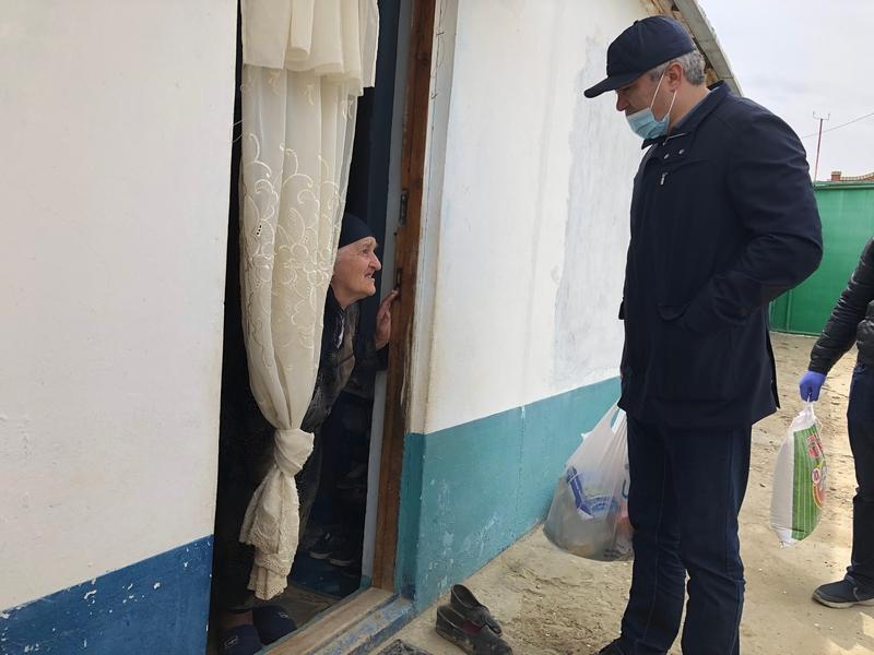 В Буйнакске прошел третий этап благотворительной акции «Продукты в каждый дом»