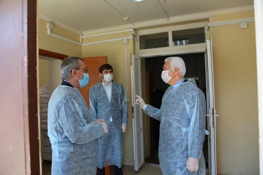 Владимир Васильев отметил предприятия Дагестана, на которых налажено новое производство в связи с коронавирусом