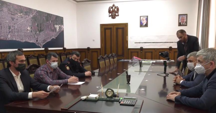 Власти Дербента предлагают ввести режим ЧС на территории городской больницы