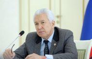 Владимир Васильев призвал создать комфортные условия работы для врачей