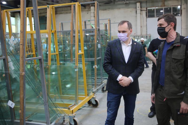 Артем Здунов посетил промышленные предприятия в Махачкале