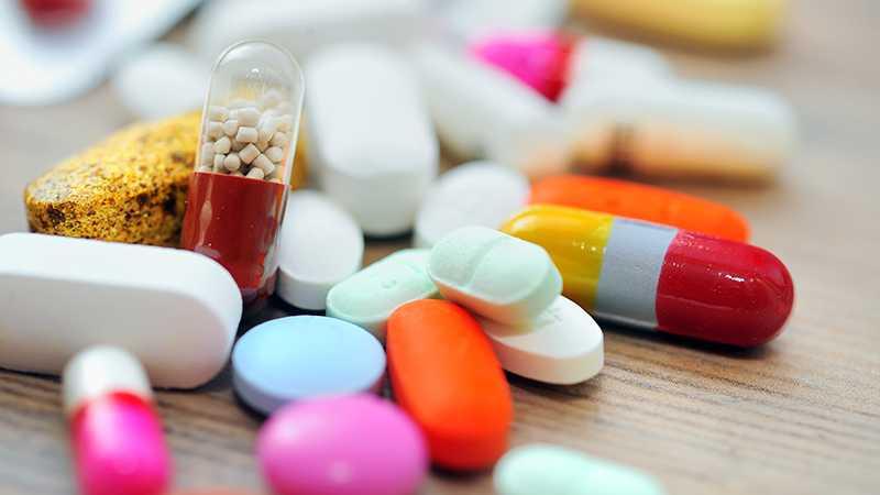 Кизилюртовская больница получила от мецената лекарства для лечения вирусных заболеваний
