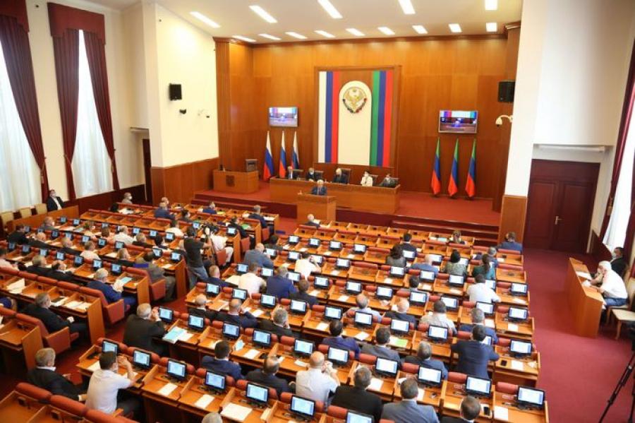 Глава Дагестана: на борьбу с коронавирусом направлено 4,8 млрд рублей