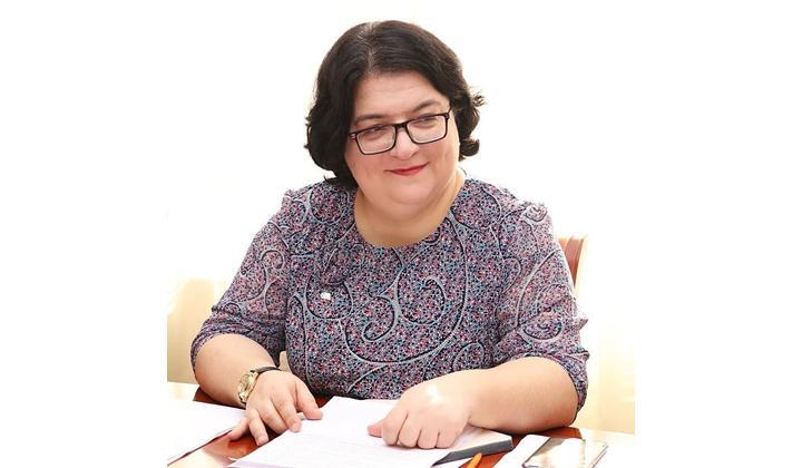 Патимат Омарова: «Внесение поправок в Конституцию РФ является важным шагом»