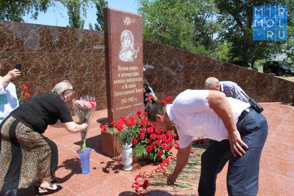На базе «Дагнефтепродукт» появился мемориал павшим в годы Великой Отечественной войны