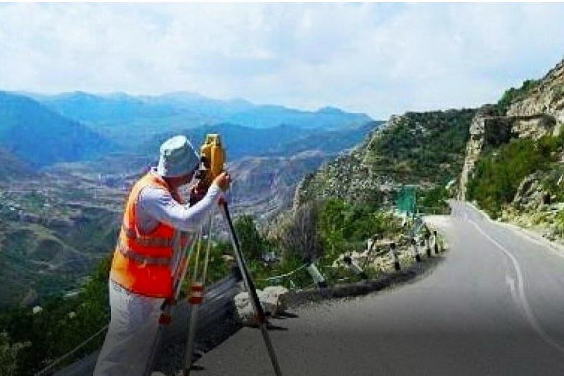 В Гунибе начались работы по укреплению скалы, грозящей обрушиться на райцентр