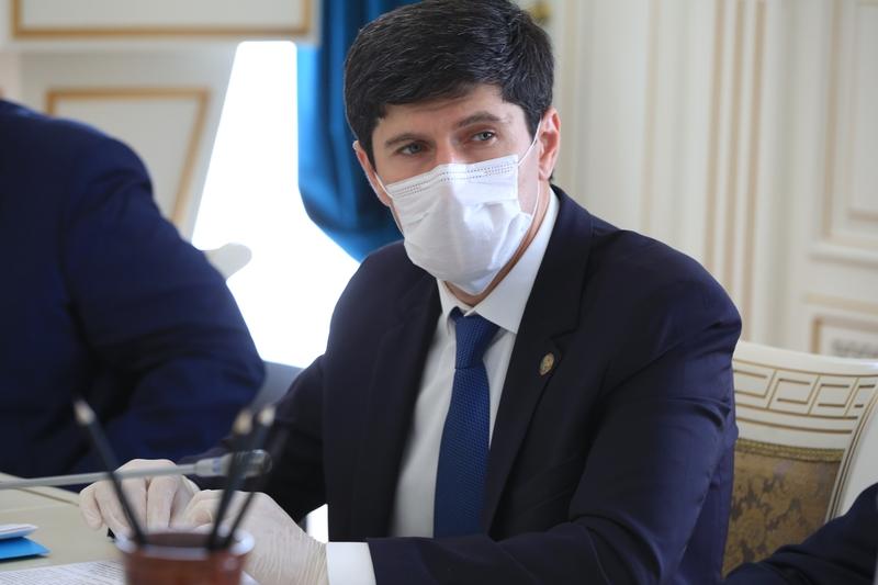 В Дагестане членов избиркомов обеспечат защитными экранами для лица