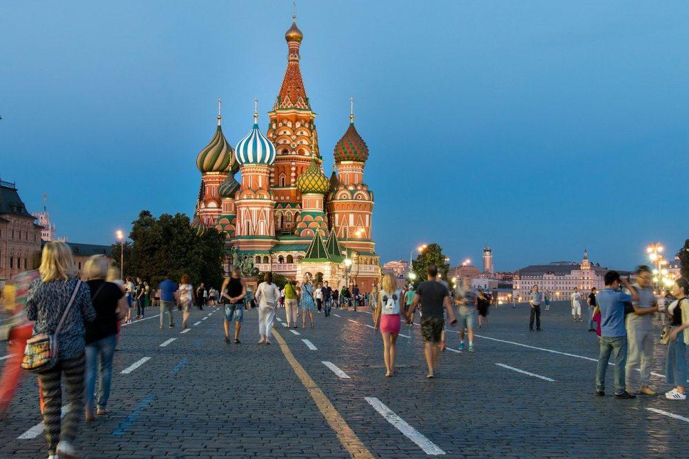 В Москве с девятого июня отменены режимы самоизоляции и пропусков