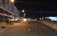 В Каспийске автомобиль Nissan сбил женщину с двумя пятилетними детьми