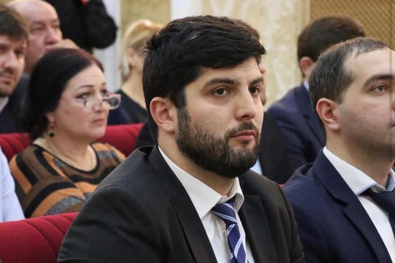 Хочбар Баркаев принял участие в голосовании по поправкам в Конституцию России