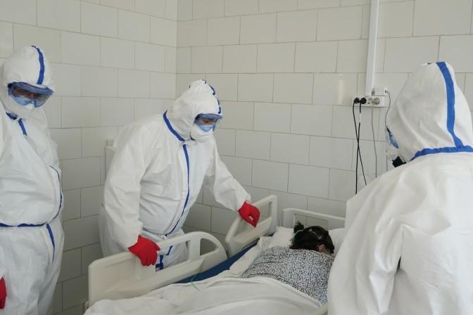 Денис Проценко рассказал о визите в Республиканский центр инфекционных болезней