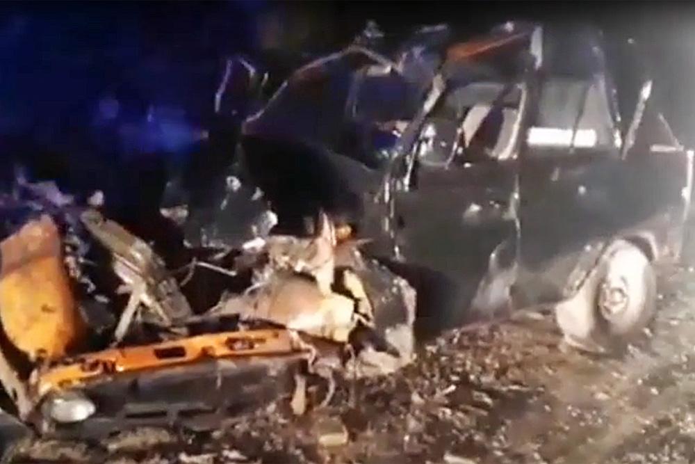 В Буйнакском районе УАЗ врезался в скалу. Водитель погиб