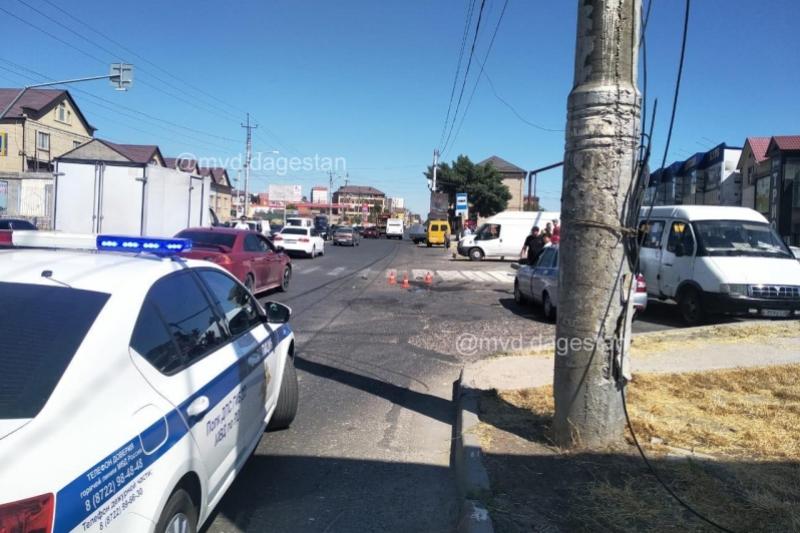 На юге Махачкалы в ДТП погиб человек