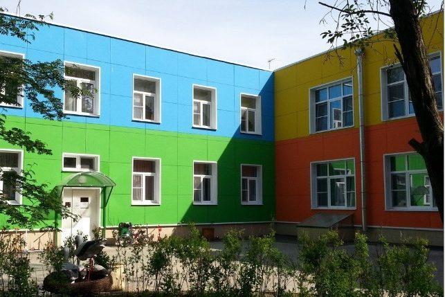 В Кизляре перенесли открытие детсадов из-за роста числа ковидных больных