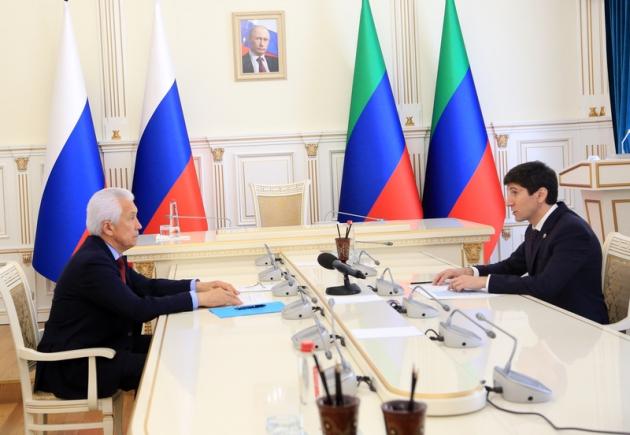 Магомед Дибиров доложил главе Дагестана об итогах голосования по поправкам в Конституцию РФ