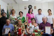 В Кизляре вручили медали «За любовь и верность» супругам, прожившим вместе в браке более 30 лет