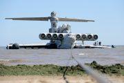 Как 280-тонный экраноплан из Каспийска в Дербент перегоняли