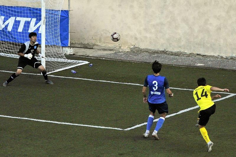 В первом кубковом дерби «Анжи» обыграл «Махачкалу». Во втором его ждет «Легион-Динамо»