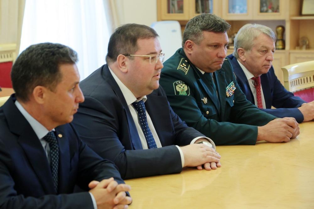 Новый руководитель Дагестанской таможни был представлен премьеру Здунову