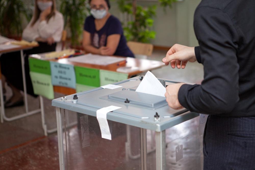 В Дагестане проходит очное предварительное голосования «Единой России»