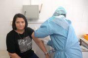 Врачи Буйнакска первыми в Дагестане привились от коронавируса