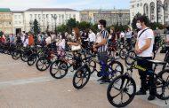 Волонтерам-медикам в Дагестане подарили велосипеды за вклад в борьбу с COVID-19