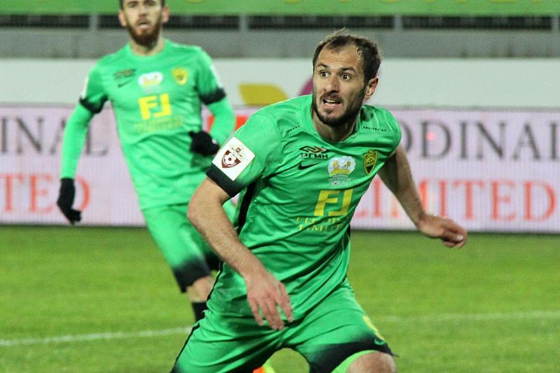 Шамиль Асильдаров возобновил карьеру футболиста и заявлен за ФК «Анжи»