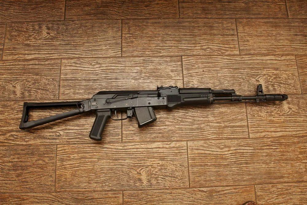 Возбуждено дело в отношении участника конфликта в Гергебиле, спрятавшего у себя дома орудие убийства