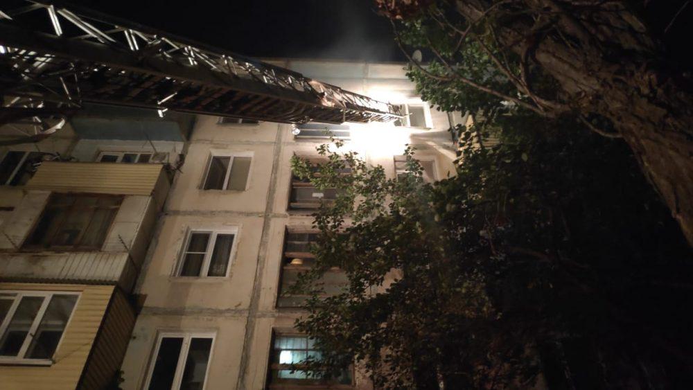 Пожар в многоэтажном доме в Махачкале унес жизни пяти человек