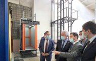 Владимир Васильев ознакомился с производством лифтов в Кизляре