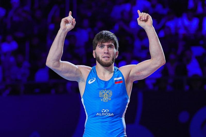Дагестанские борцы выиграли все золото первого дня чемпионата России