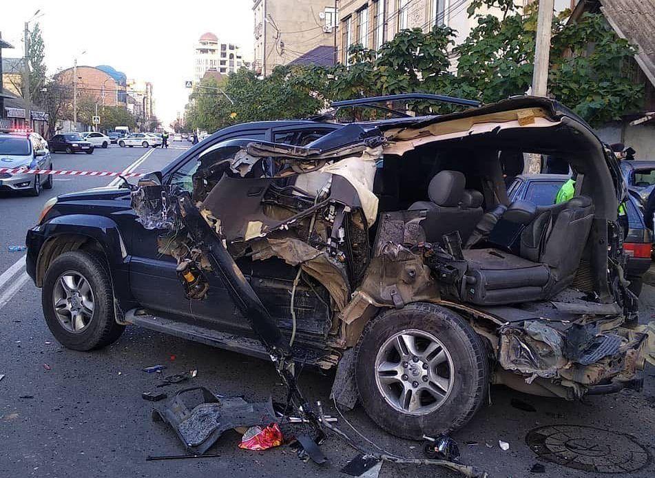 Девушка погибла в ДТП с участием четырех машин в центре Махачкалы