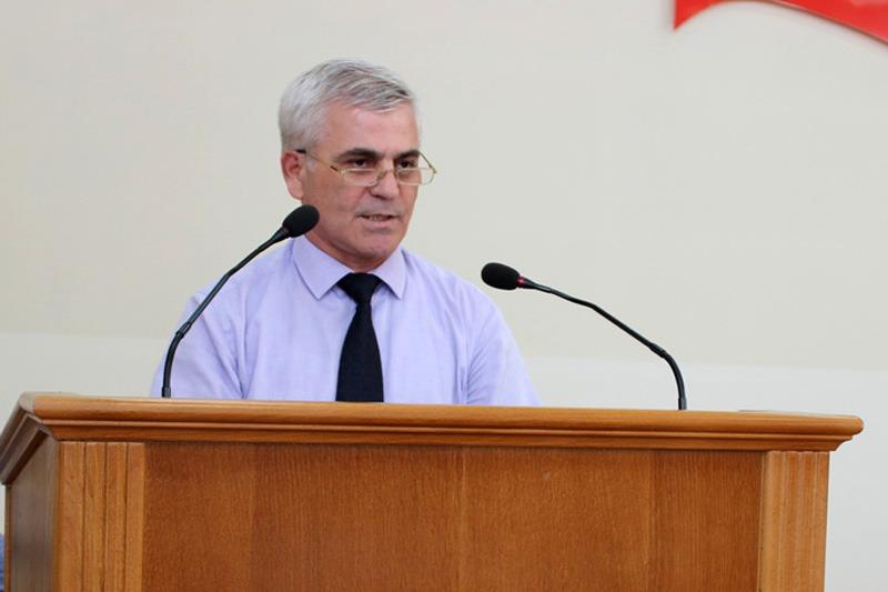 Экс-глава администрации Избербаша получил два с половиной года лишения свободы