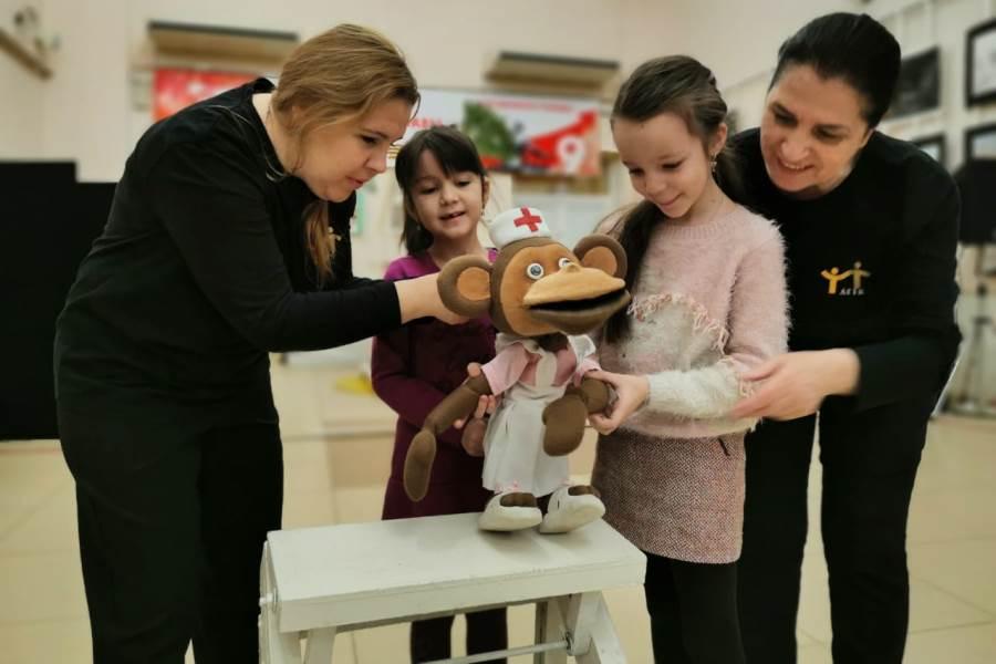 Дагестанский театр кукол запустил просветительский проект «Волшебный мир закулисья»