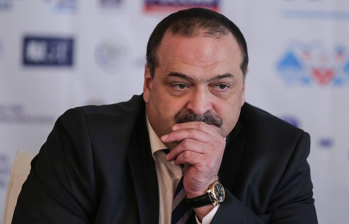 Сергей Меликов поддержал предложения по развитию волонтерского движения