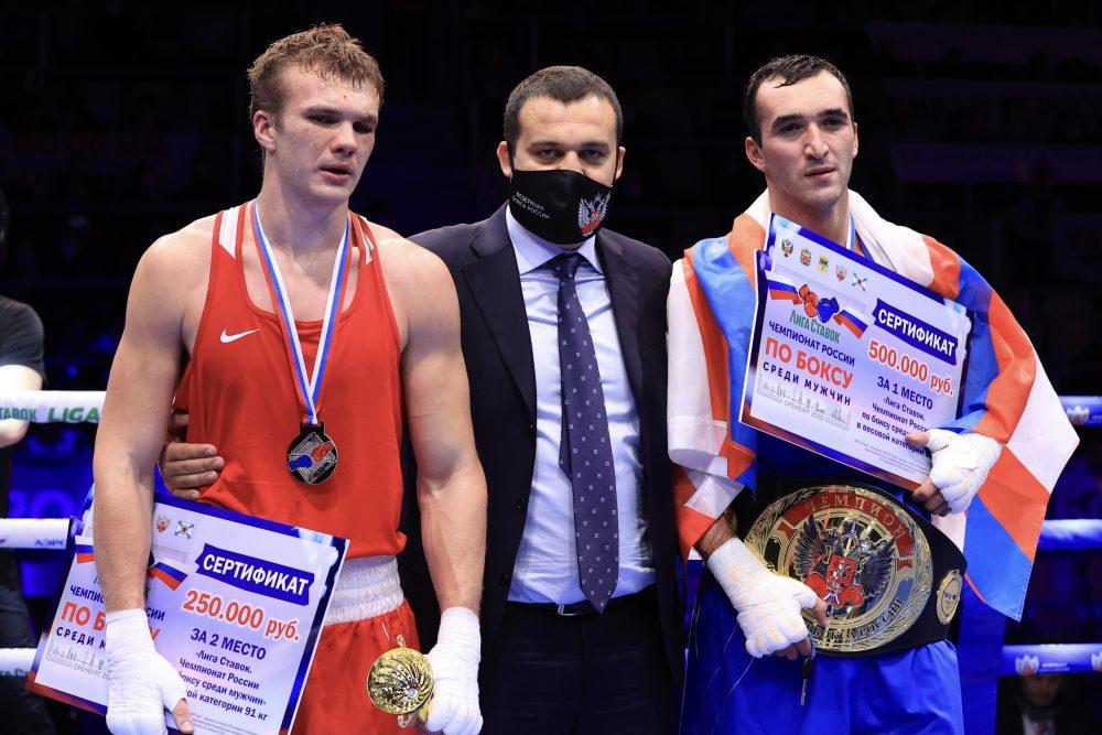 Два дагестанских боксера стали чемпионами России