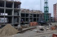 Следствие возбудило уголовное дело после гибели рабочего на стройке в Каспийске