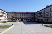 В Махачкале директор школы задержана по подозрению в вымогательстве