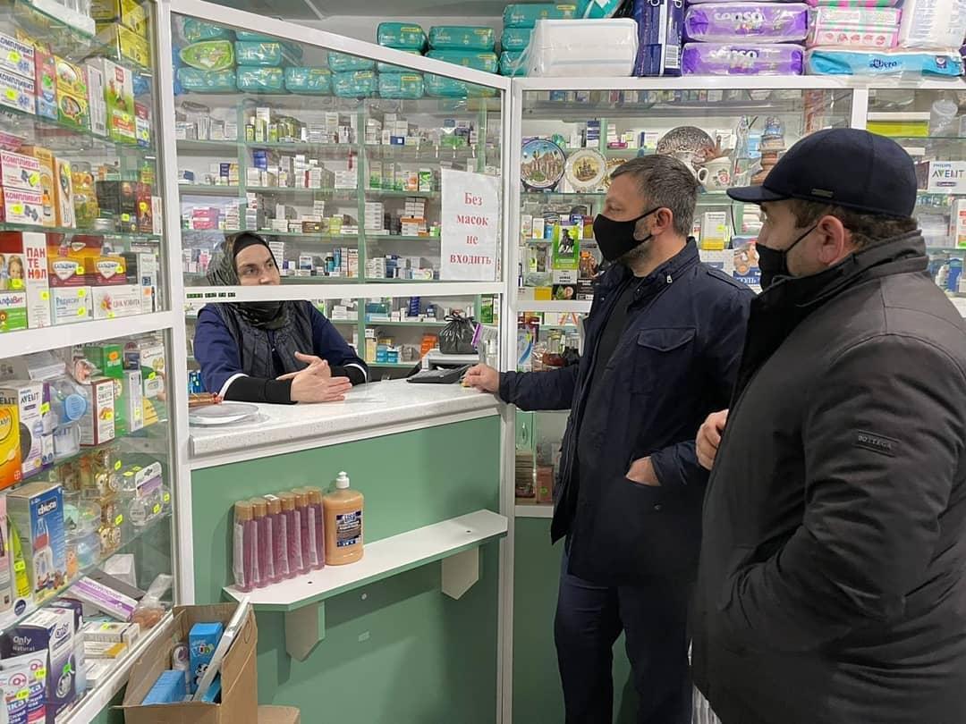 В Унцукульском районе проверили наличие лекарств в аптеках