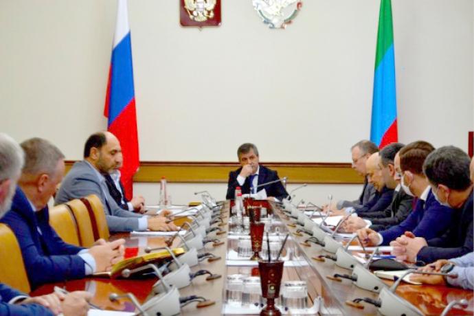 В правительстве Дагестана прошло совещание по вопросам вывоза твердых коммунальных отходов