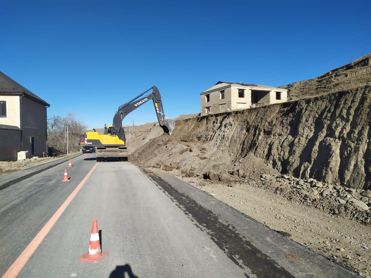 В Акушинском районе ремонтируется участок дороги Узни – Гинта