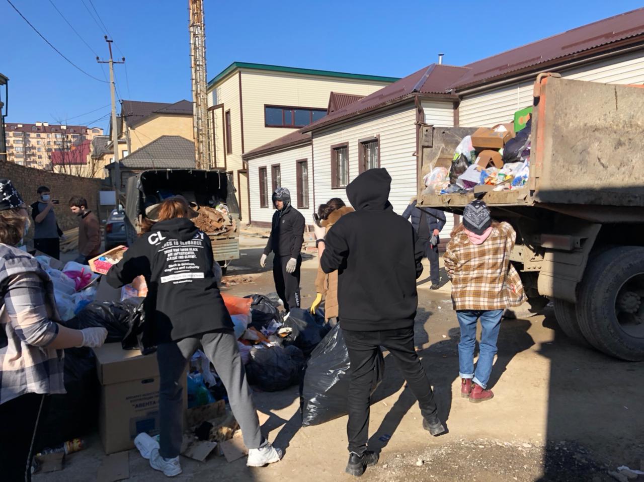 Участники акции «Экологический десант» в Дагестане вывезли около 380 тонн мусора