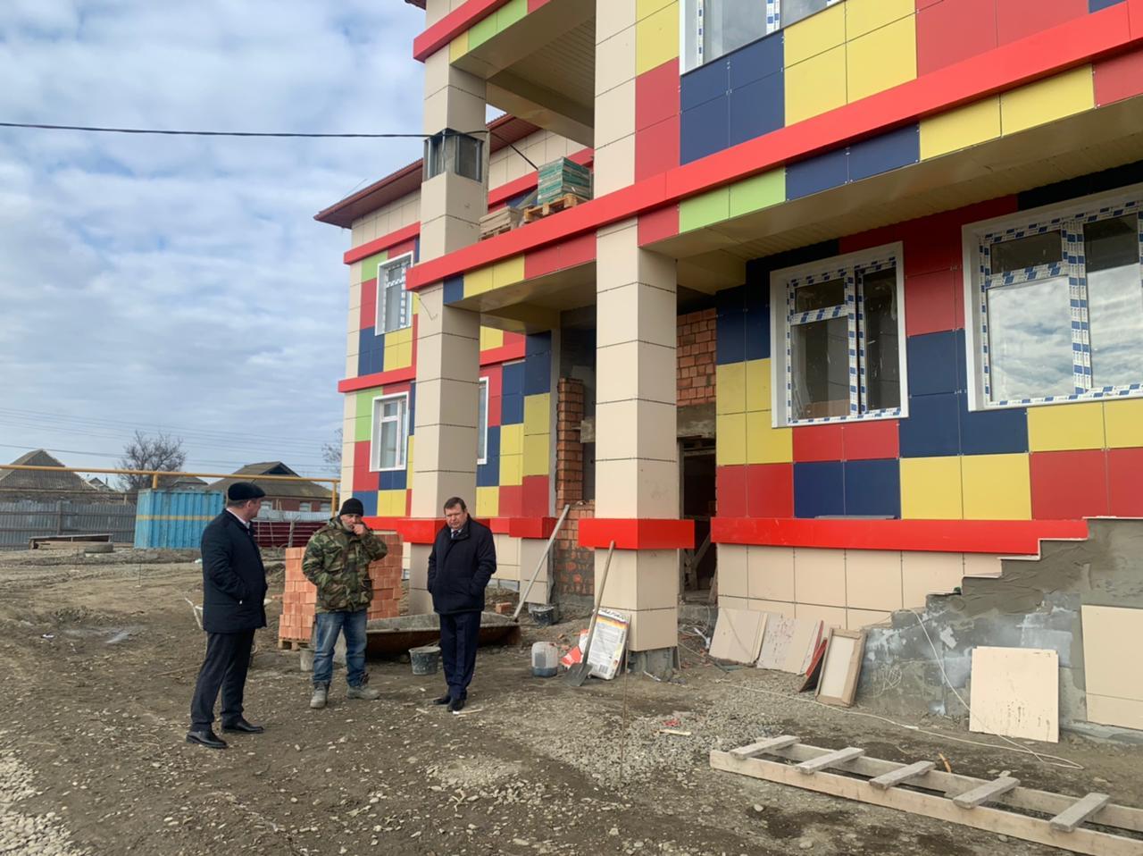 В Кизляре завершается строительство нового детского сада
